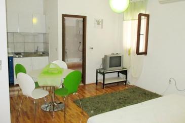 Studio AS-2851-a - Ferienwohnungen und Zimmer Sutivan (Brač) - 2851