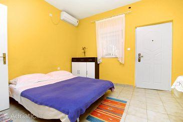 Haus K-5854 - Ferienhaus Bibinje (Zadar) - 5854