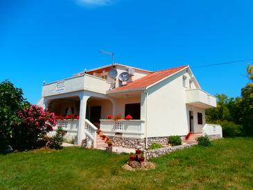 Accommodation near the beach, 54 square meters, Ljubac, Croatia