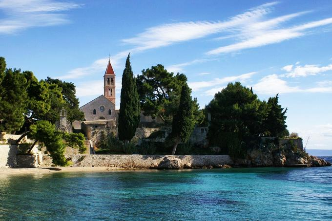 4 places to visit on island Brač