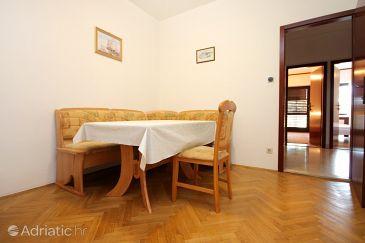 Apartment A-10009-b - Apartments Marušići (Omiš) - 10009