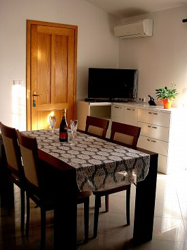 Apartment A-10012-b - Apartments Marušići (Omiš) - 10012