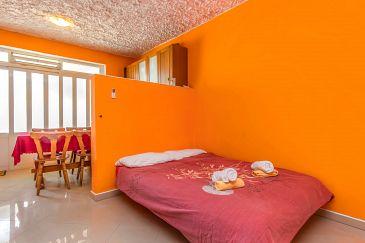Šparadići, Living room u smještaju tipa apartment, dostupna klima.