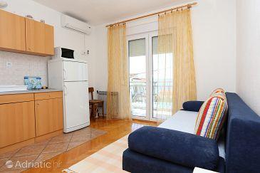 Živogošće - Porat, Living room u smještaju tipa apartment, dostupna klima i WIFI.