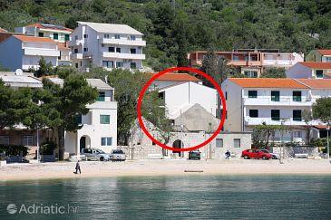 Property Igrane (Makarska) - Accommodation 10033 - Apartments near sea with pebble beach.