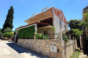 Property Brna (Korčula) - Accommodation 10065 - Apartments near sea.