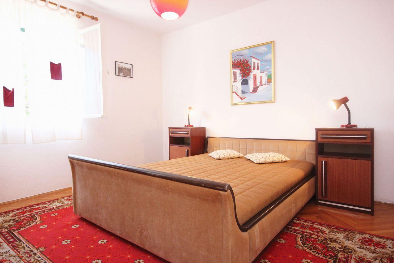 Apartmány s parkoviskom v meste Orebić - 10090
