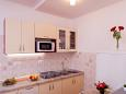Kitchen - Apartment A-1010-a - Apartments Pisak (Omiš) - 1010