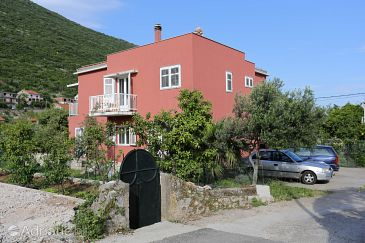 Property Trpanj (Pelješac) - Accommodation 10136 - Apartments near sea with pebble beach.