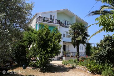 Property Drače (Pelješac) - Accommodation 10211 - Apartments near sea with pebble beach.