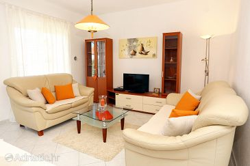 Apartment A-10242-a - Apartments Trogir (Trogir) - 10242