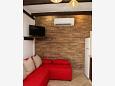 Orebić, Living room u smještaju tipa apartment, dostupna klima, dopusteni kucni ljubimci i WIFI.