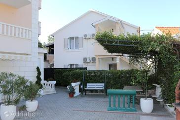 Property Promajna (Makarska) - Accommodation 10329 - Apartments near sea with pebble beach.