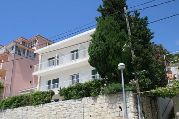 Property Mimice (Omiš) - Accommodation 1033 - Rooms near sea with pebble beach.