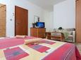 Bedroom - Room S-10335-e - Rooms Mavarštica (Čiovo) - 10335