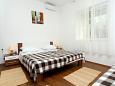 Bedroom 1 - Apartment A-10337-a - Apartments Trogir (Trogir) - 10337