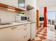 Kitchen - Apartment A-10339-a - Apartments and Rooms Rogoznica (Rogoznica) - 10339