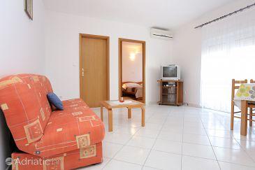 Apartment A-10347-b - Apartments Arbanija (Čiovo) - 10347