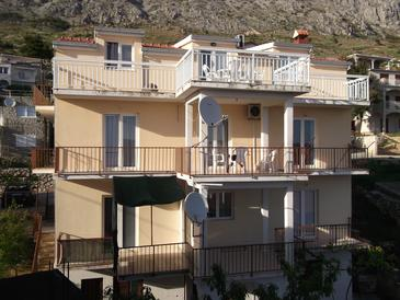 Property Stanići (Omiš) - Accommodation 10360 - Apartments with pebble beach.