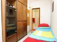 Bedroom 2 - Apartment A-10372-b - Apartments Seget Donji (Trogir) - 10372