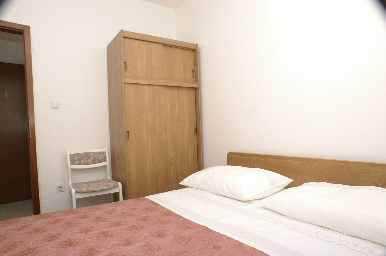 Apartmány s parkoviskom v meste Marušići - 1043