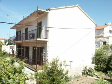 Property Hvar (Hvar) - Accommodation 107 - Rooms near sea with pebble beach.