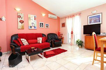 Apartmán A-1084-b - Ubytovanie Rastići (Čiovo) - 1084