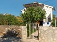 Property Vinišće (Trogir) - Accommodation 11003 - Apartments near sea with pebble beach.