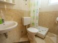 Bathroom - Studio flat AS-11007-b - Apartments Veliko Brdo (Makarska) - 11007