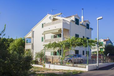 Property Vodice (Vodice) - Accommodation 11032 - Apartments with pebble beach.