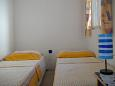 Bedroom 2 - Apartment A-11039-a - Apartments Brist (Makarska) - 11039