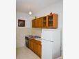 Kitchen - Apartment A-11045-a - Apartments Mimice (Omiš) - 11045