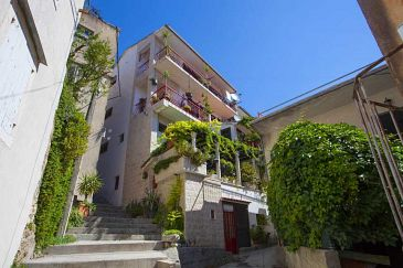 Property Makarska (Makarska) - Accommodation 11063 - Apartments and Rooms in Croatia.