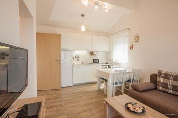 Apartment A-11064-b - Apartments Maslenica (Novigrad) - 11064
