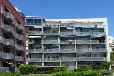 Property Split (Split) - Accommodation 11135 - Apartments with pebble beach.