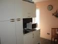 Makarska, Kitchen u smještaju tipa studio-apartment.