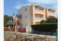 Apartments by the sea Sućuraj (Hvar) - 11228