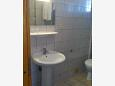 Bathroom - Apartment A-11242-c - Apartments and Rooms Novigrad (Novigrad) - 11242