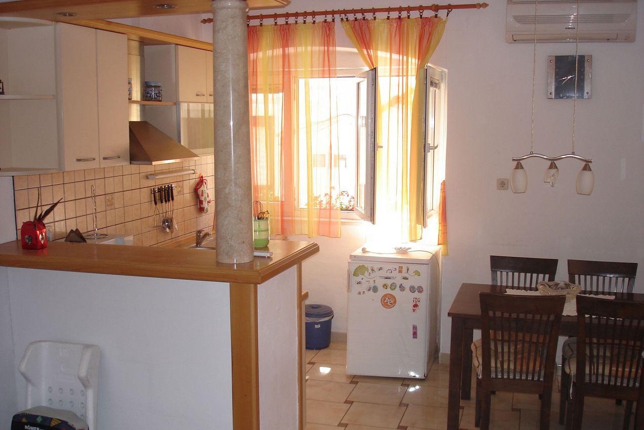Ubytovanie v meste Pučišća - 11263
