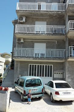 Property Podstrana (Split) - Accommodation 11281 - Apartments with pebble beach.