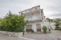 Mastrinka Apartments 11283