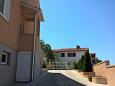 Parking lot Pula (Pula) - Accommodation 11288 - Apartments with rocky beach.