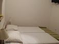 Jelsa, Bedroom u smještaju tipa studio-apartment, dostupna klima, dopusteni kucni ljubimci i WIFI.