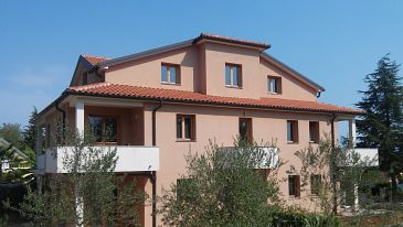 Property Dajla (Novigrad) - Accommodation 11324 - Apartments with pebble beach.