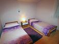 Bedroom 2 - Apartment A-11381-d - Apartments Banjol (Rab) - 11381