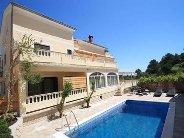Property Banjol (Rab) - Accommodation 11382 - Apartments in Croatia.