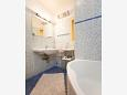 Bathroom - Apartment A-11415-a - Apartments Makarska (Makarska) - 11415