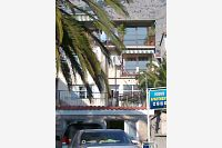Apartments with a parking space Makarska - 11415