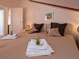 Bedroom - Apartment A-11427-b - Apartments Hvar (Hvar) - 11427