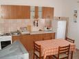 Kitchen - Apartment A-11438-d - Apartments Valbandon (Fažana) - 11438